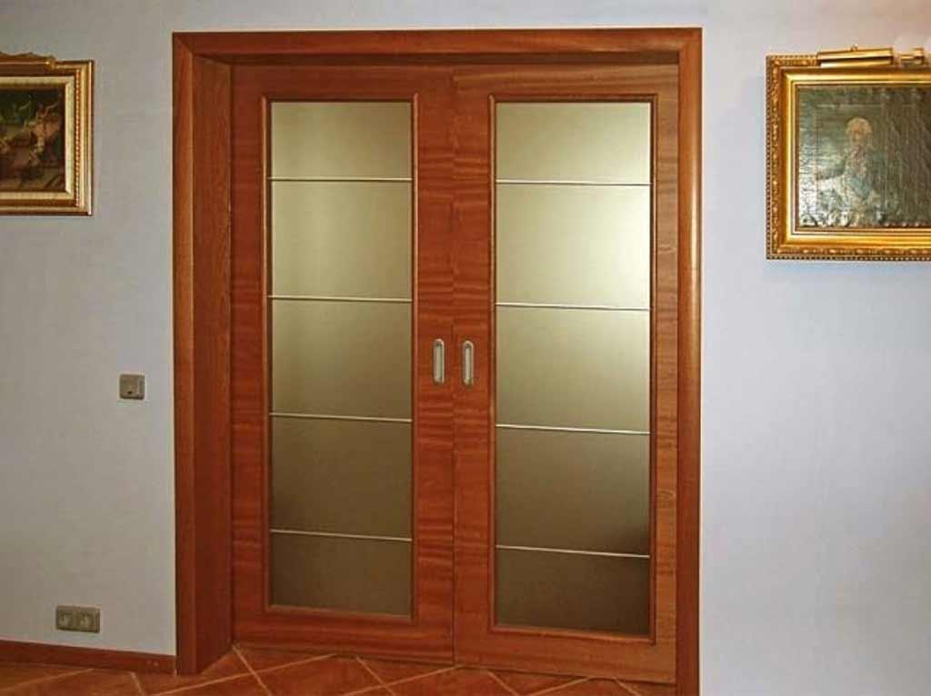 Межкомнатные двери в зал